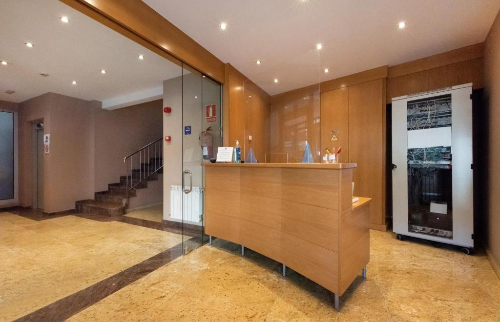 The lobby or reception area at Aparthotel Iceberg