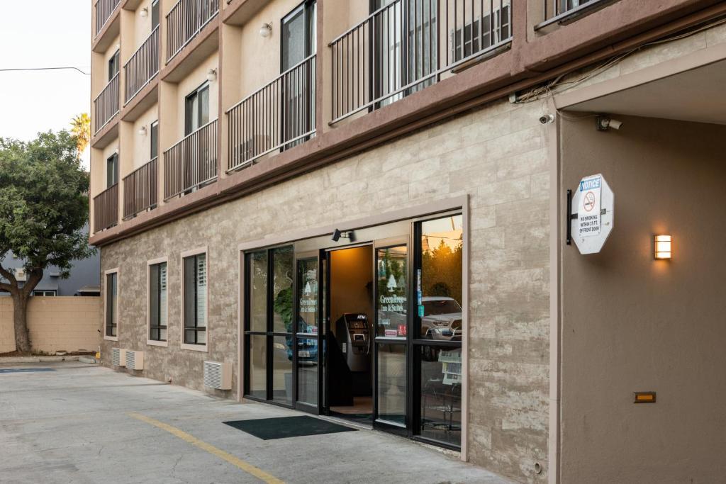 Green Tree Inn & Suites - Los Angeles - Alhambra - Pasadena
