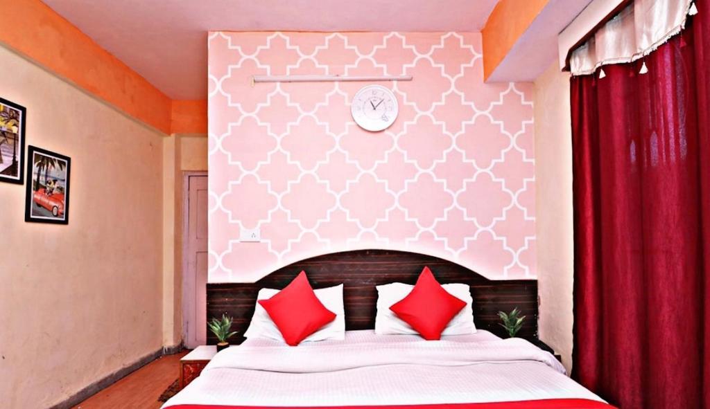 Hotel Shorya