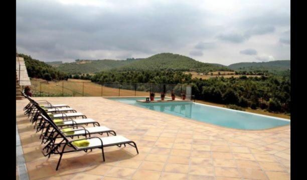 Balsareny Villa Sleeps 10 with Pool