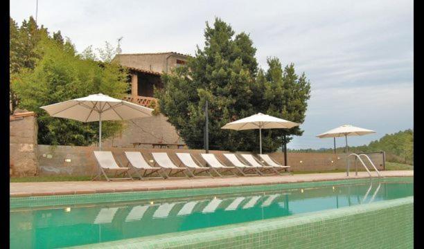 Gaia Villa Sleeps 20 with Pool