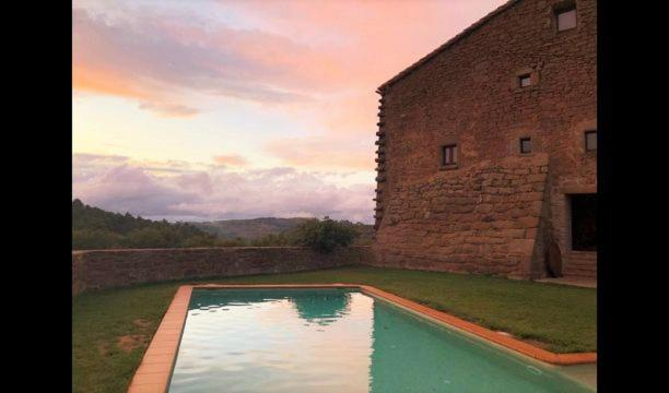 Villa in Solsona Sleeps 17 with Pool