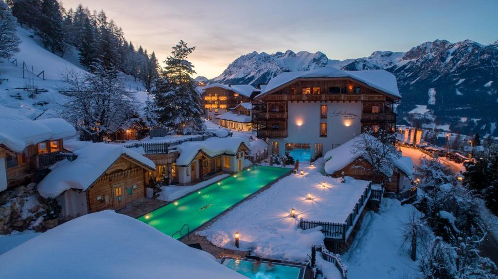 Natur- und Wellnesshotel Höflehner during the winter