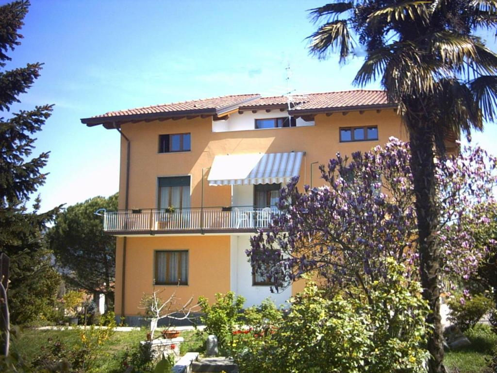 Hotels In Lucino