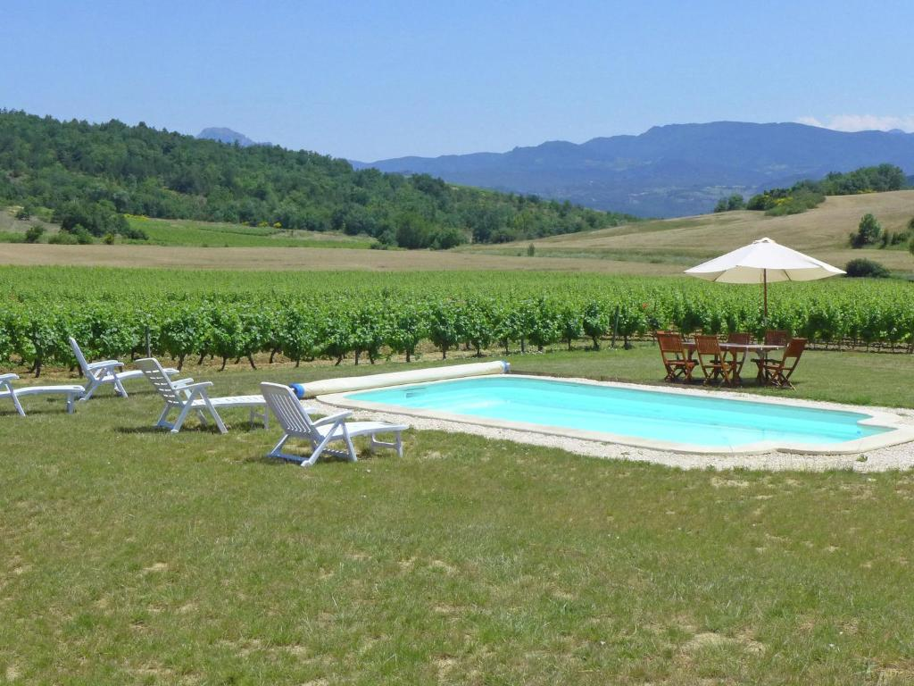 The swimming pool at or near Holiday Home in Conilhac-de-la-Montagne with Pool
