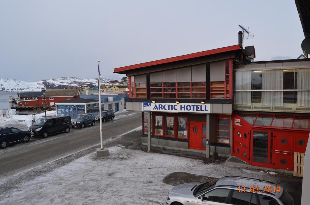 Mehamn Arctic Hotel during the winter