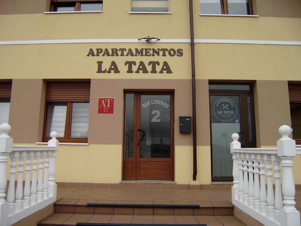 Apartamentos La Tata