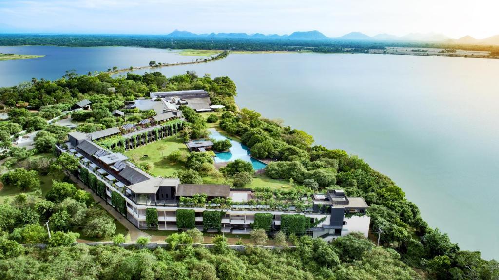 A bird's-eye view of Doubletree By Hilton Weerawila Rajawarna Resort