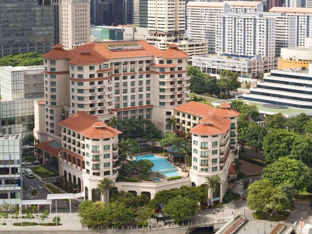 A bird's-eye view of Swissotel Merchant Court Singapore (SG Clean)