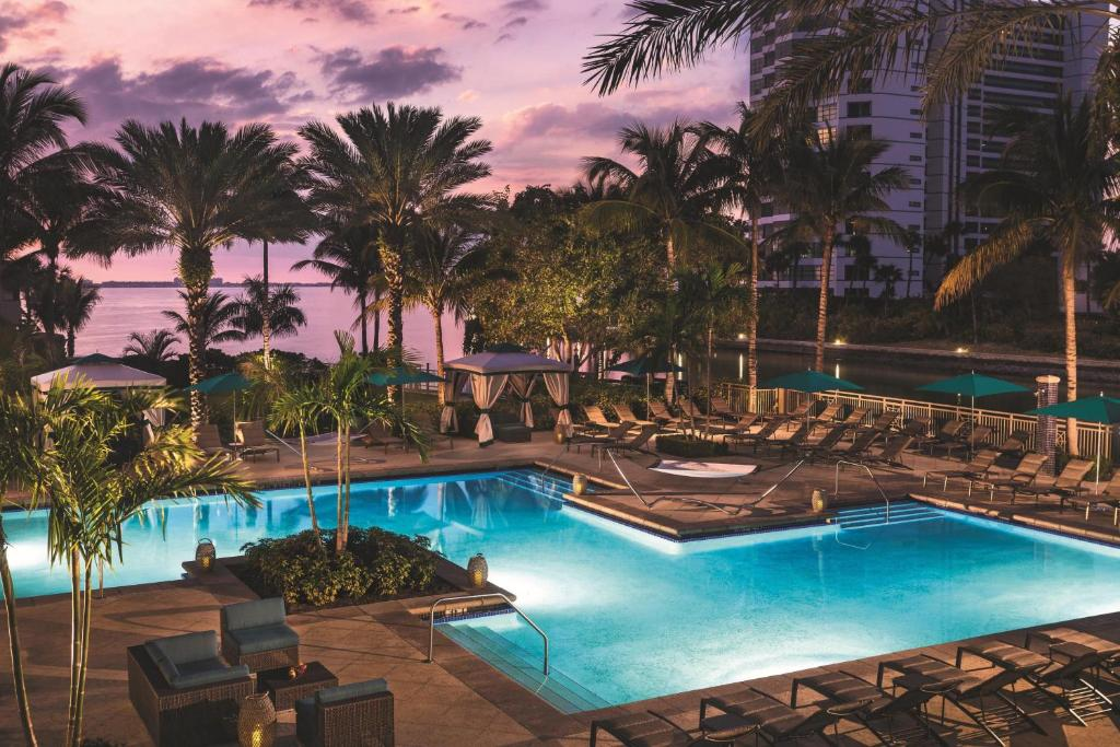 The swimming pool at or close to The Ritz-Carlton, Sarasota