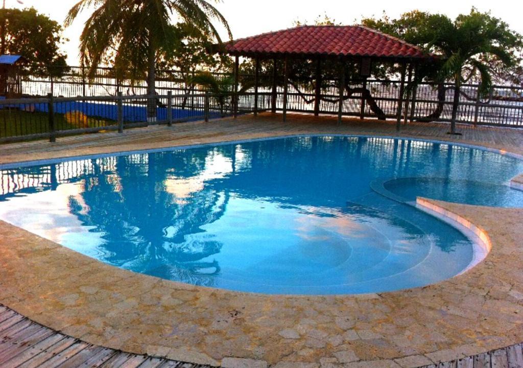 Cabaña con Piscina Privada Frente a la Playa Coveñas Segunda Ensenada