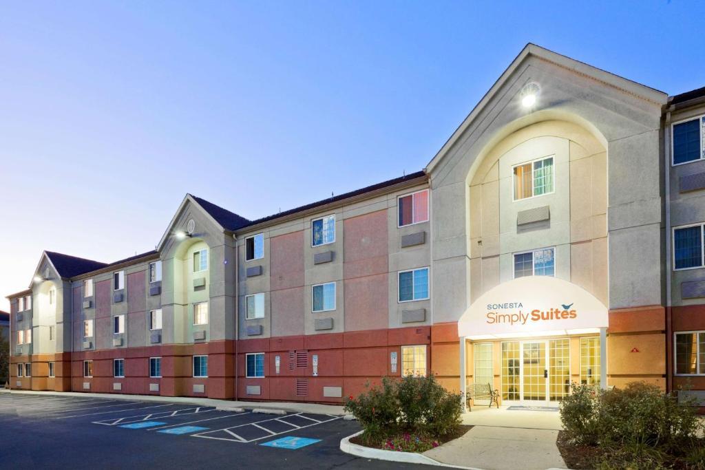 Sonesta Simply Suites Philadelphia Mount Laurel