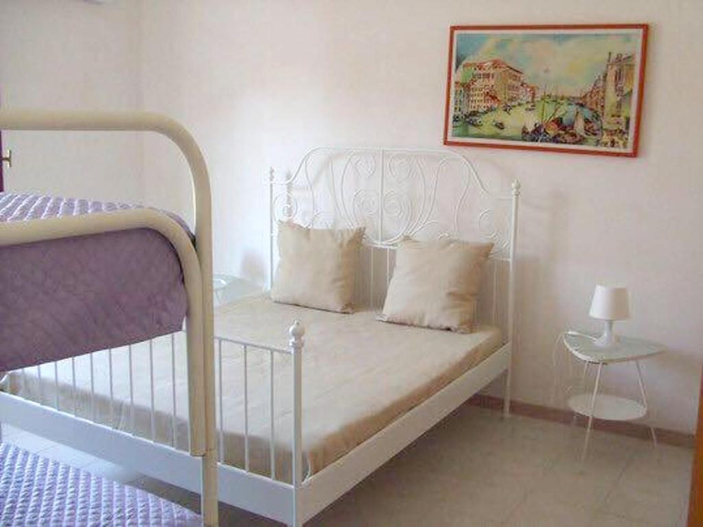 House With One Bedroom In Mazara Del Vallo With Wonderful Sea View Enclosed Garden And Wifi 10 M From The Beach Mazara Del Vallo Prezzi Aggiornati Per Il 2021