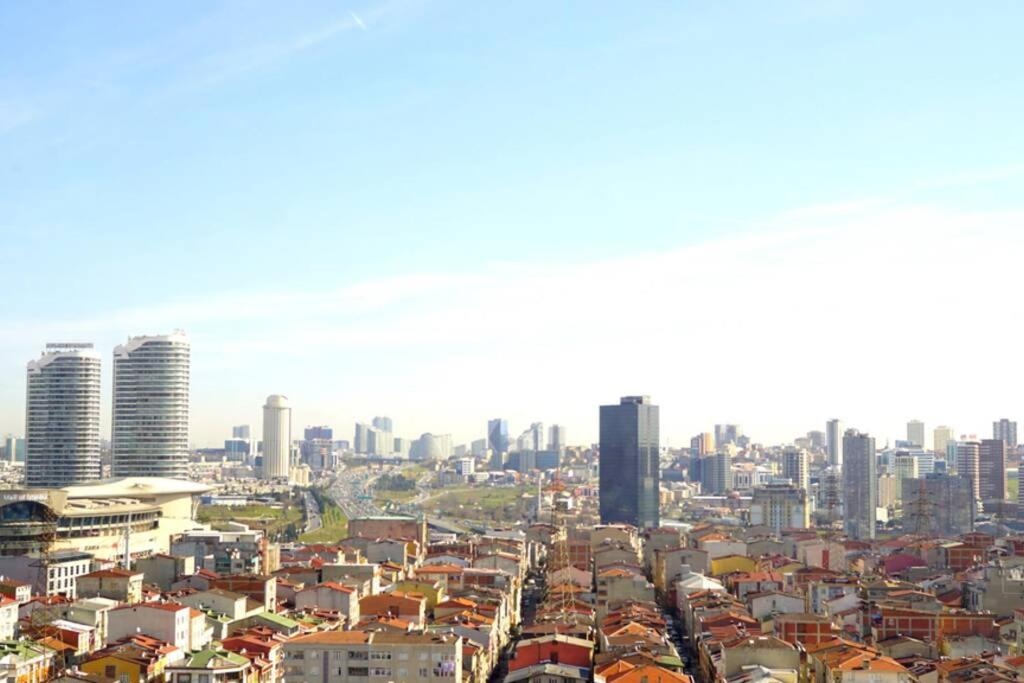 2+1 cozy apartment near mall of Istanbul with great city view
