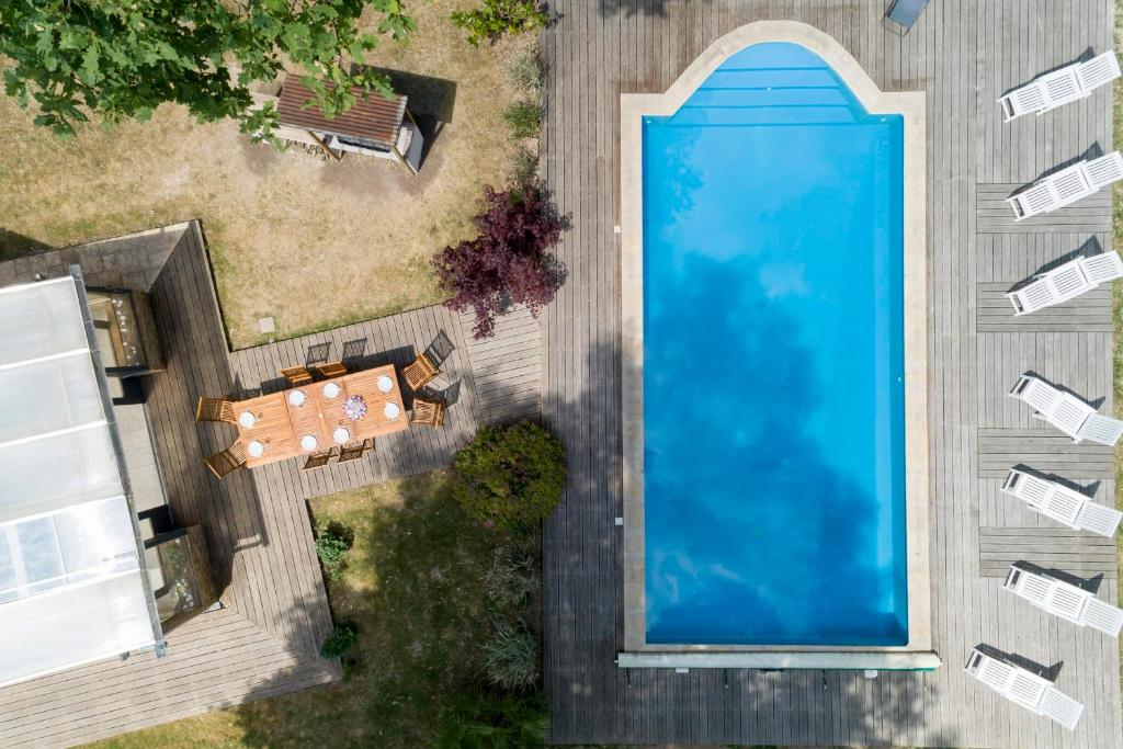 Crazy Villa Ecottay for bachelor parties in the Orne Heated swimming pool