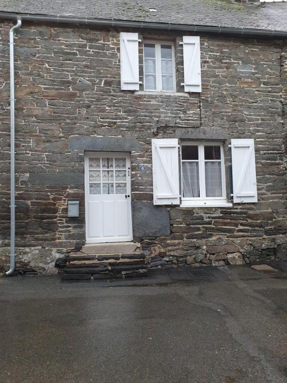 Maison de charme en centre Bretagne Gouarec