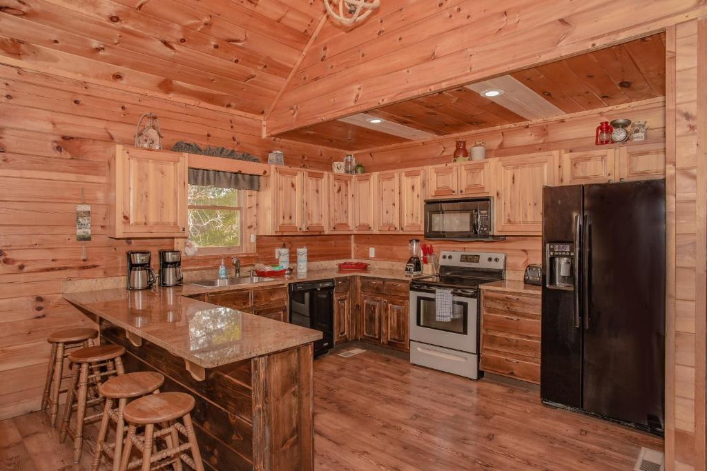 Vacation Home A Time To Gather Pigeon Forge Tn Booking Com