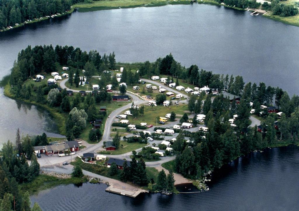 Ett flygfoto av Nokia Camping Viinikanniemi