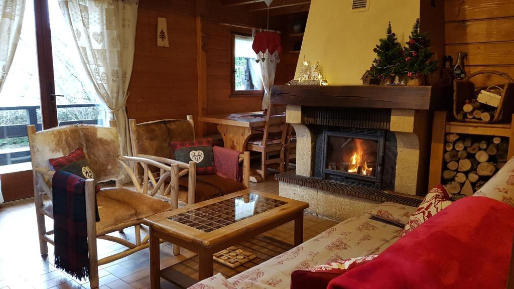 Chalet Traditionnel Montagnard, situé dans le Parc Naturel du Haut-Jura