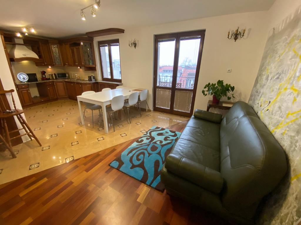 Posezení v ubytování Royal Lazienki Apartment