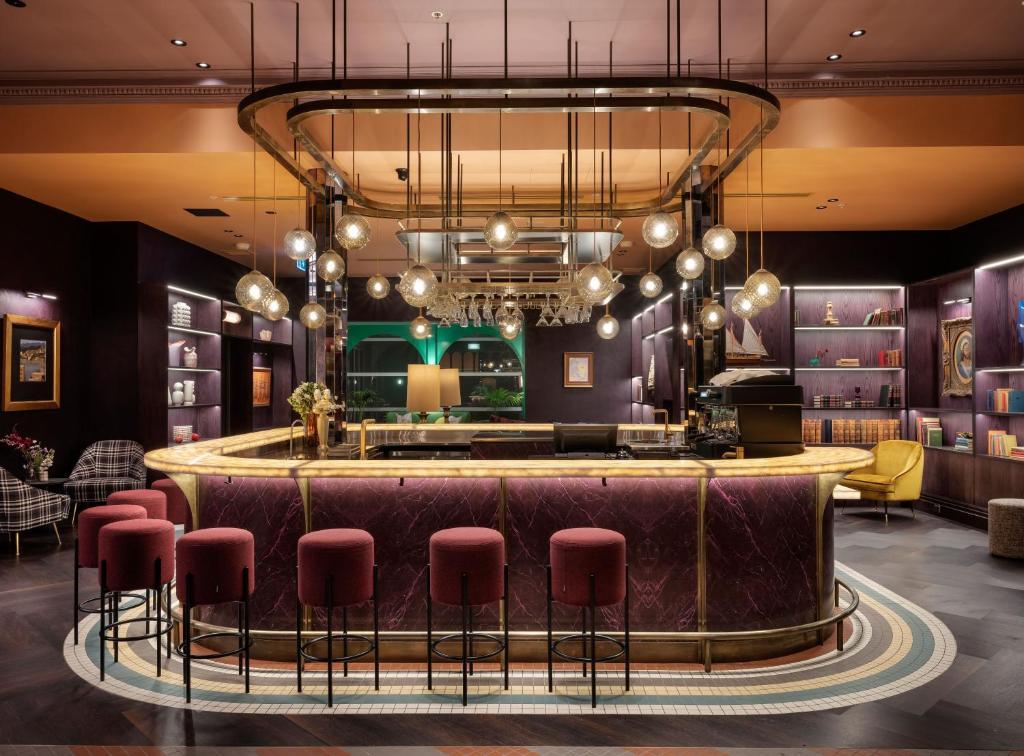 El salón o zona de bar de Naumi Studio Wellington