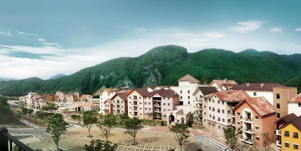 Tops10 Resort Donggang Cistar