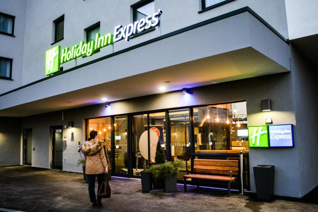 Holiday Inn Express Munich - Olching, November 2020