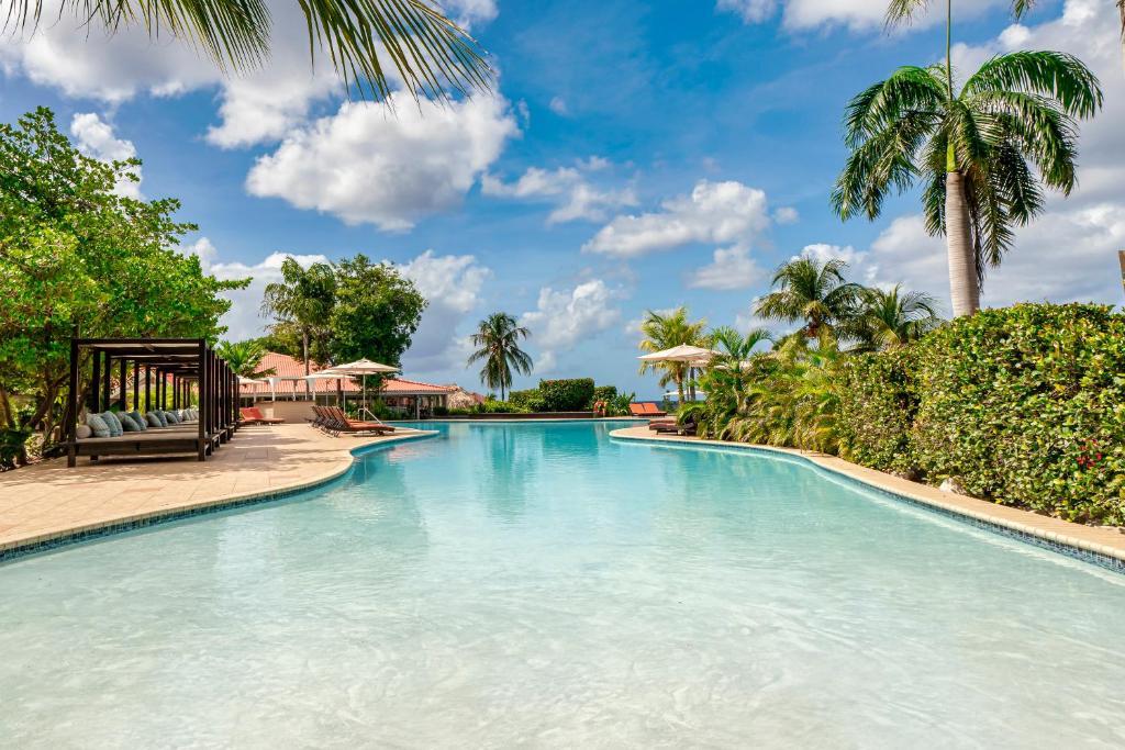 A piscina localizada em Dreams Curacao Resort, Spa & Casino ou nos arredores