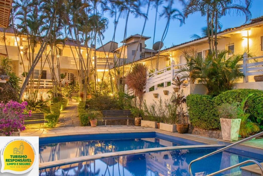 The swimming pool at or close to Auberge de la Langouste