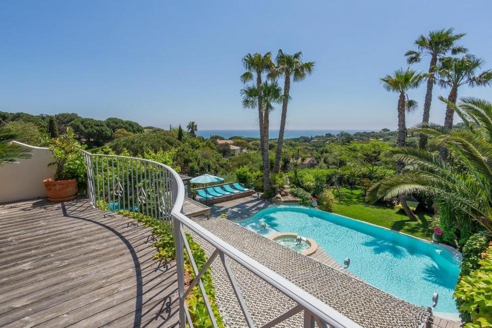 The swimming pool at or close to villa Cocoa Saint-Tropez, vue mer , 6 chambres, a 400 m de la plage