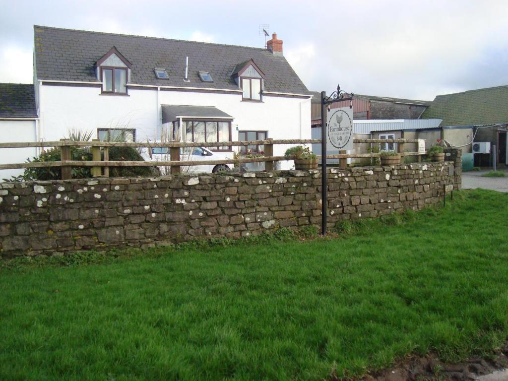 The Farmhouse Lochmeyler