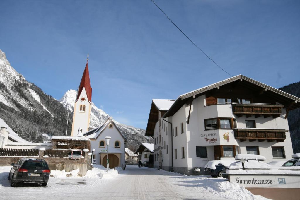 Hotel Traube during the winter