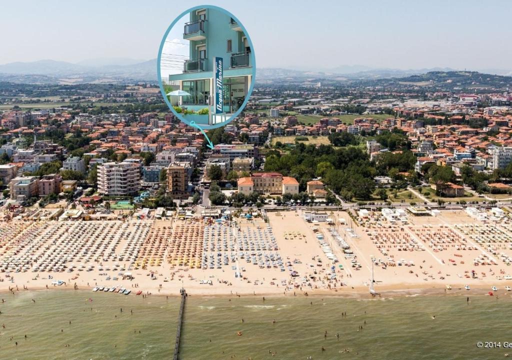 A bird's-eye view of Residence Acqua Suite Marina