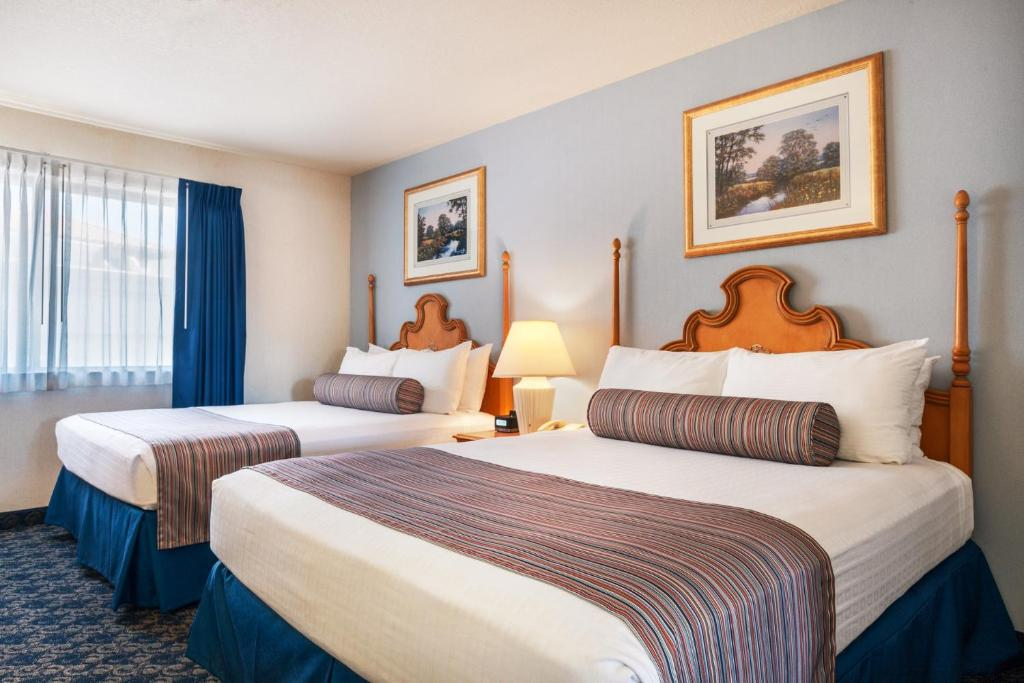 A room at the Sands Inn & Suites.
