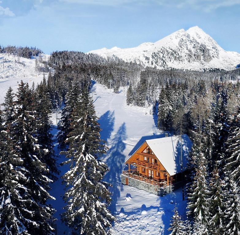 High Tatras Chalet v zime