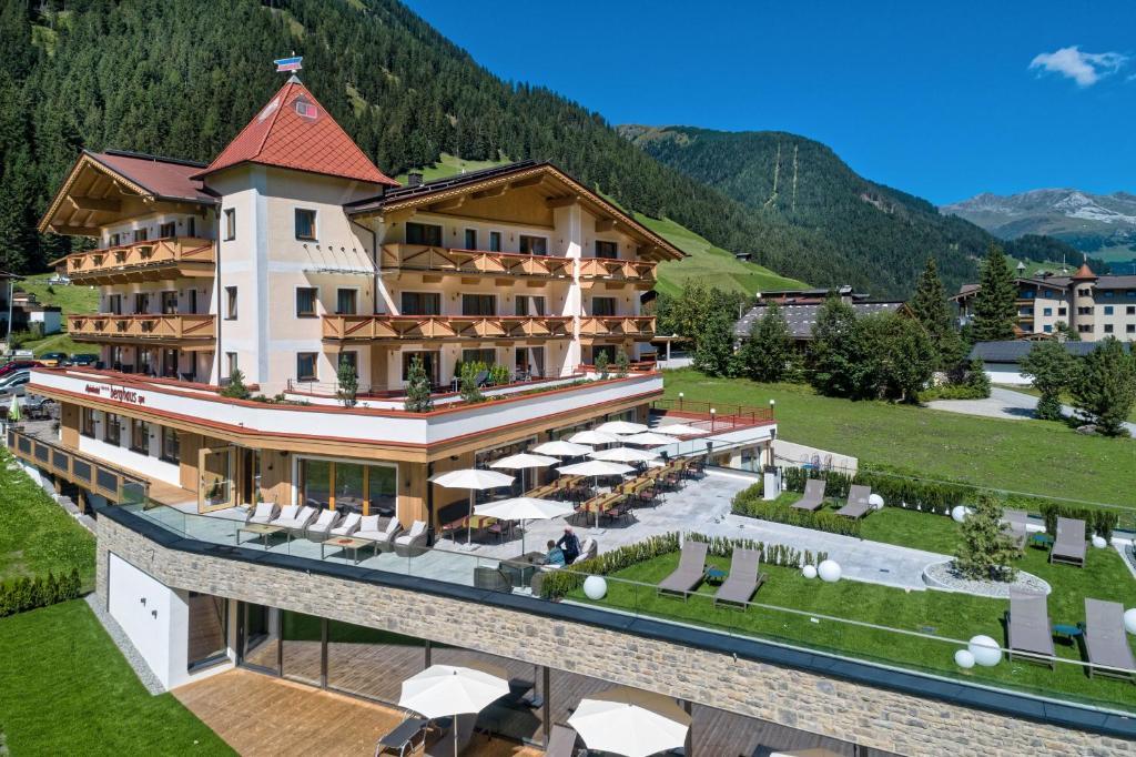 Alpinhotel Berghaus Tux, Austria