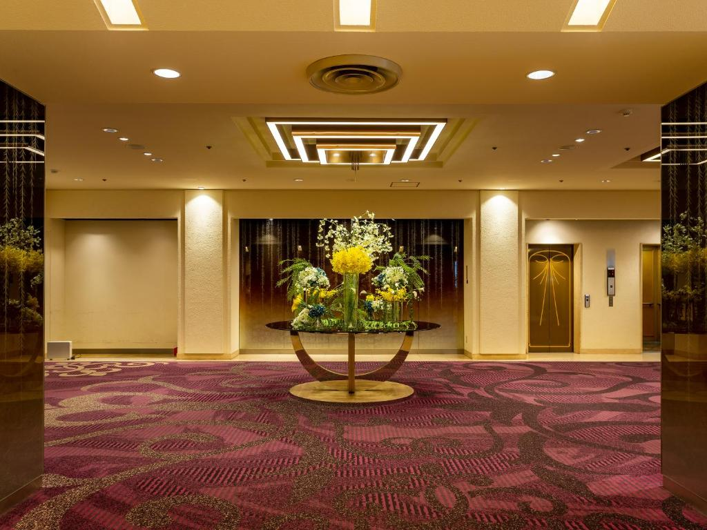 The lobby or reception area at Rihga Hotel Zest Takamatsu