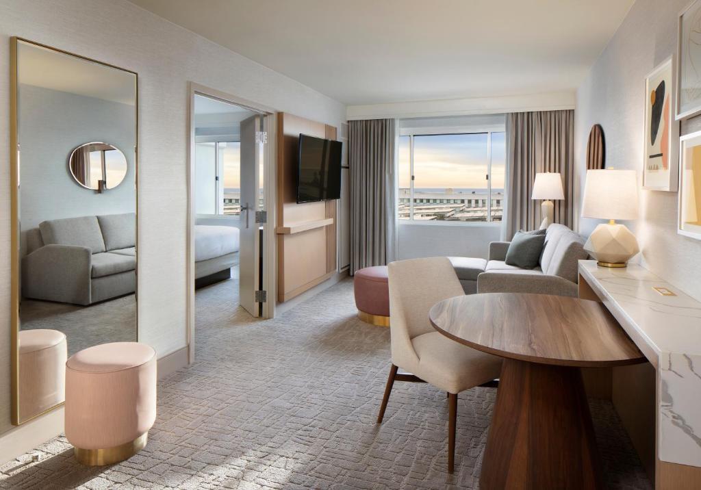 Hilton Santa Monica Los Angeles Updated 2021 Prices