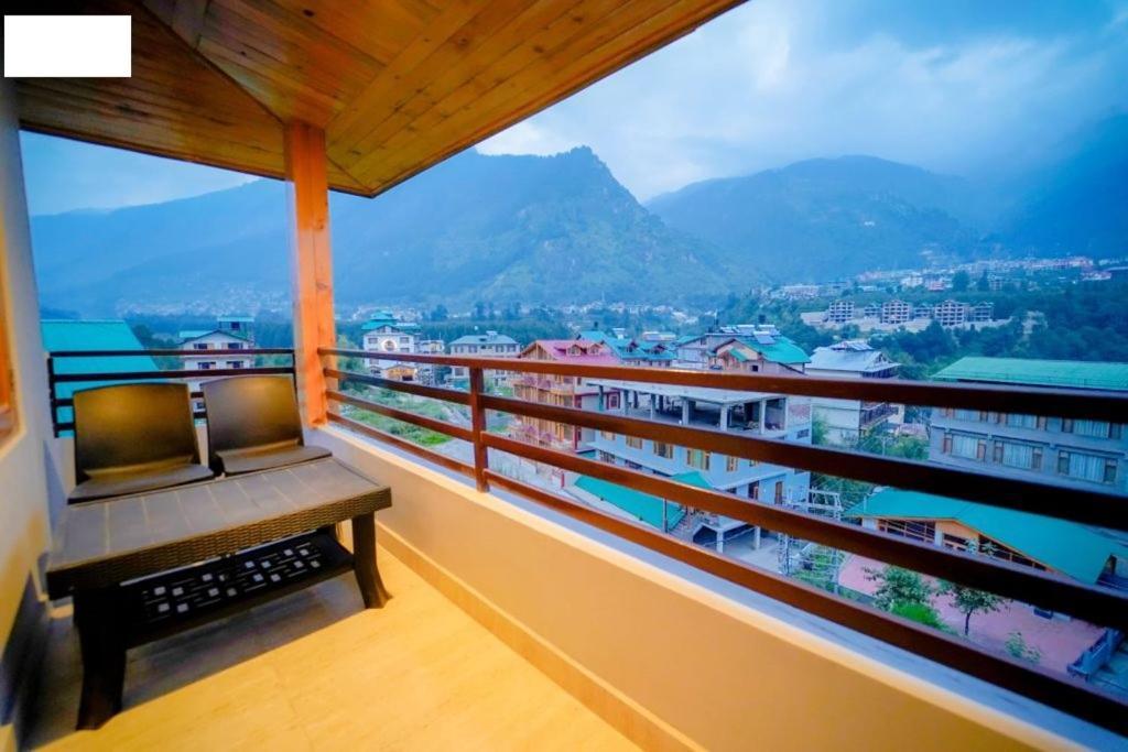 Exotic Luxury Villa in Shimla - #HPSHA0023