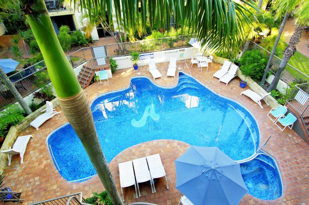 A view of the pool at Aussie Resort or nearby