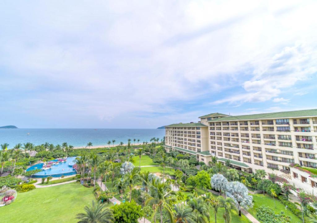 A bird's-eye view of Horizon Resort & Spa