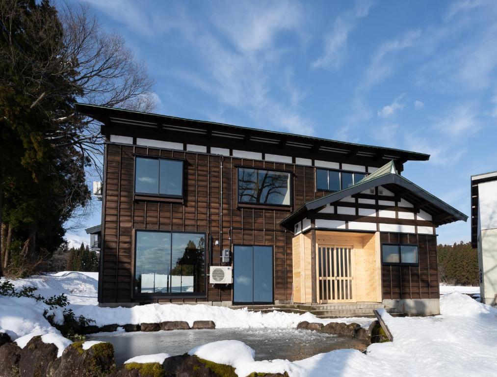 冬のYUKISATO Lodgeの様子