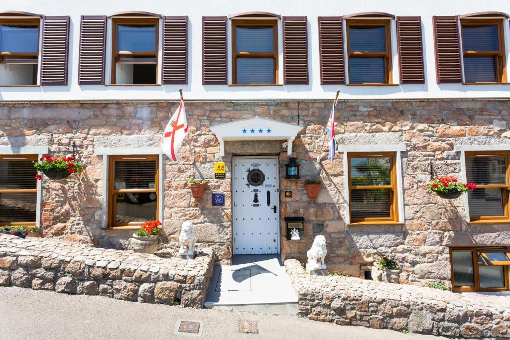 Porthole Suites in Saint Aubin, Channel Islands, Channel Islands