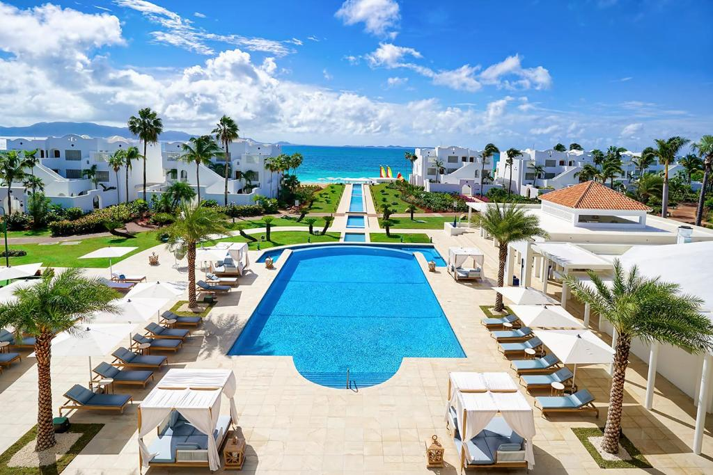 A view of the pool at CuisinArt Golf Resort & Spa or nearby