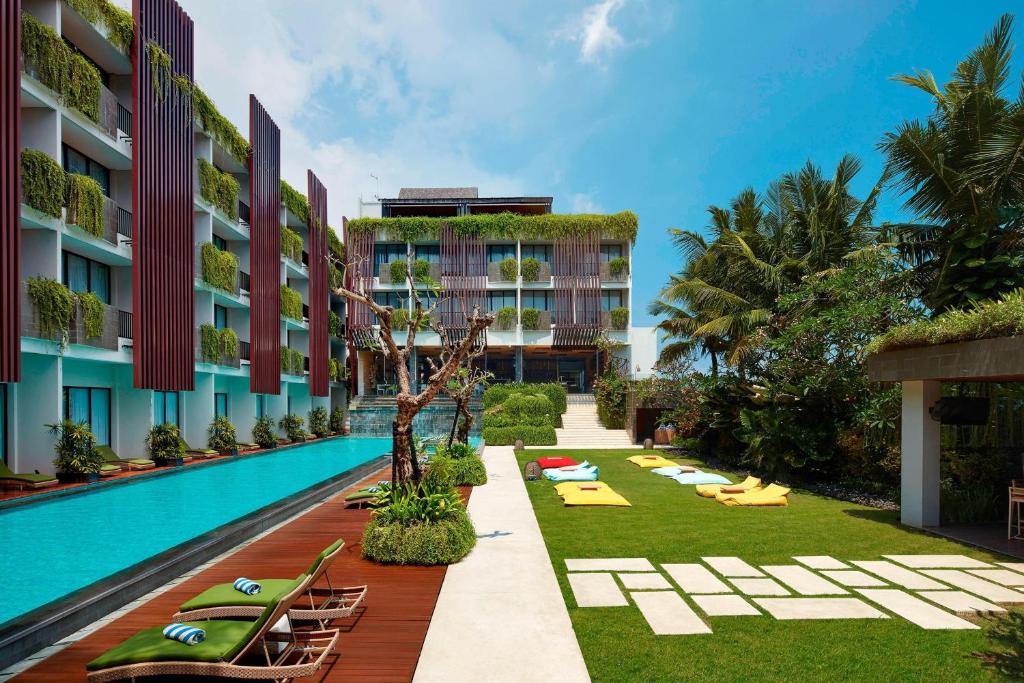 The swimming pool at or near Four Points by Sheraton Bali, Seminyak