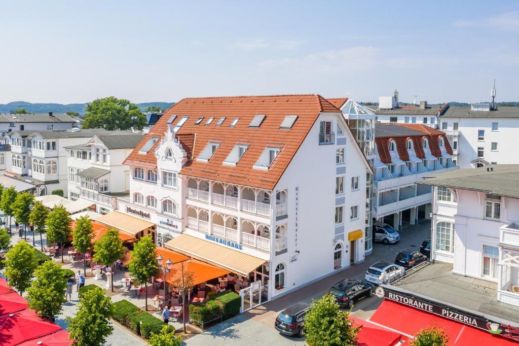 Blick auf Centralhotel Binz aus der Vogelperspektive