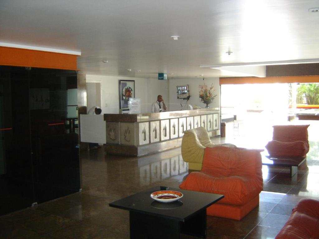 The lobby or reception area at Apartamento Princesa Isabel