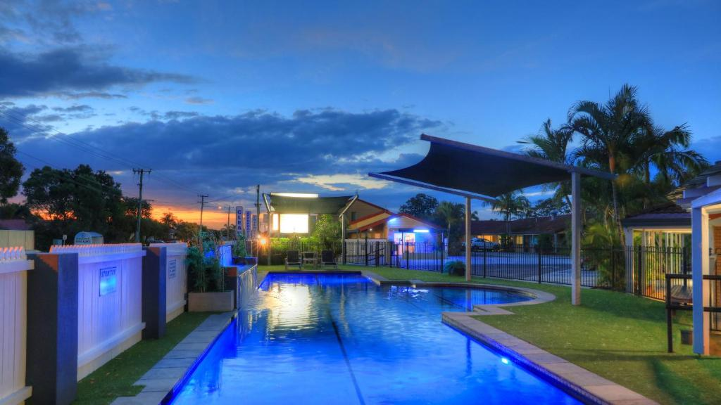 The swimming pool at or near Yamba Motor Inn