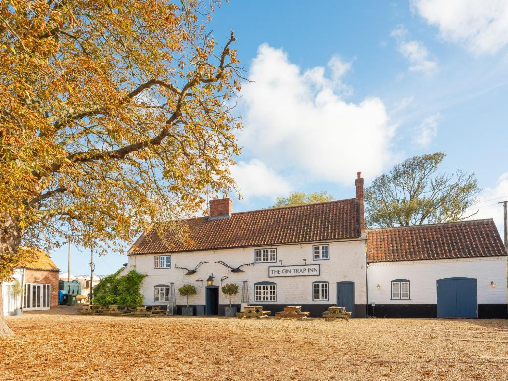 The Gin Trap Inn in Ringstead, Norfolk, England