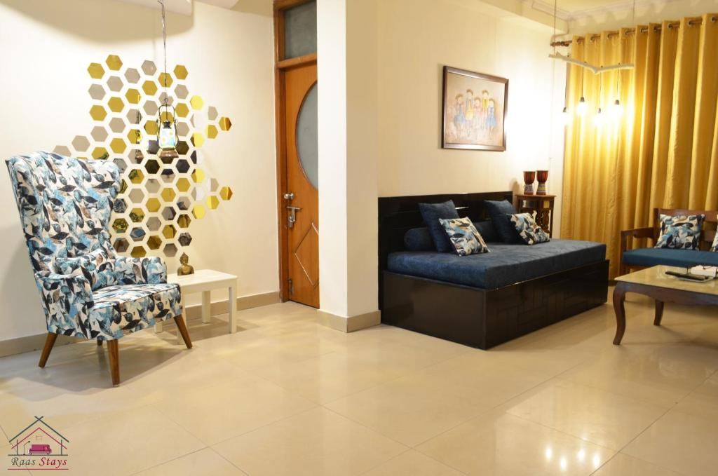 Raas Fully Furnished 2BHK Independent Apartment 2 in Greater Kailash - 1
